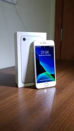 Iphone 7 128GB Cor: Prata