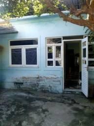 Edson Castro Imóveis vende: Em realengo na Rua Professor Mário Brant, casa frente de Rua