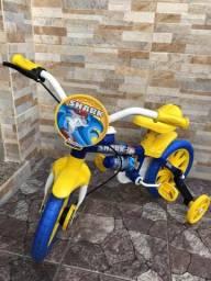 Vendo bicicleta infantil nova