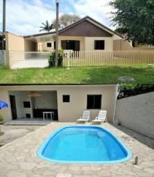 Casa para Temporada com piscina em Guaratuba/PR - Balneário Coroados - Ref. 111