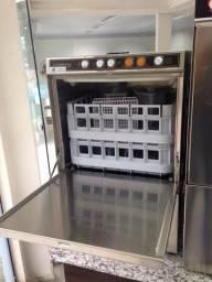Lavadora de louça semi nova com 2 meses de uso*acompanha as grades 47- * jean