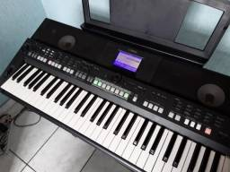 Teclado Yamaha PSR-S 650!