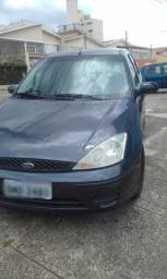 Vendo Ford Focus Hatch 1.6 *Completo* - 2004