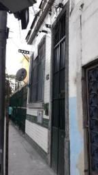 Alugo quarto no Estácio R$ 350,00 mensal próximo à Haddock Lobo