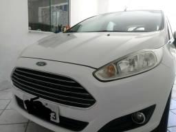 New fiesta titanium aut. 1.6 ano 2014 ac.troca - 2014