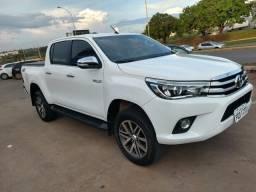 Toyota Hilux SRX diesel pra vender hoje - 2016