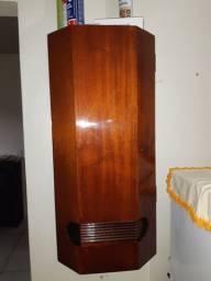 Vende-se Móveis confecionados em madeira de lei.Mogno e Cedro vermelho