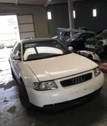 Sucata Audi A3 1.6 2000, para retirada de peças