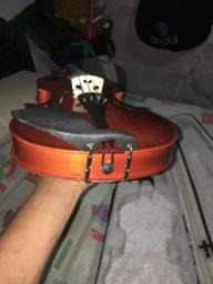 Violino novinho pra sair rapido