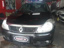 Symbol prevalece 1.6 completo R$8.000 - 2010