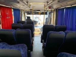 Vende-se ônibus