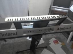 Vende-se caixa de som, potência e teclado