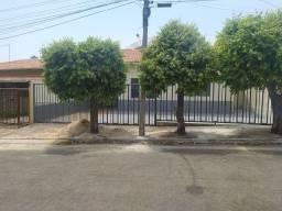 Casa 3 Quartos - Bandeirante