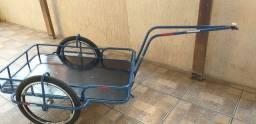 Carretinha  com engate para bike