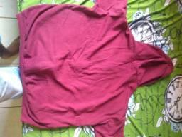 Blusão semi novo 3 vez usado