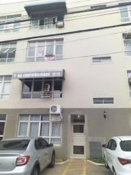 Apartamento barato no Centro