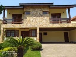 Casa em alphaville res 2 400m 4 suites 4 vg 13.000 pacote