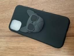 Vendo capinhas e carregador iphone 11