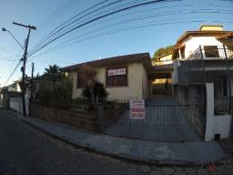 Casa com 03 dormitórios e 121 m² no Centro de Florianópolis/SC