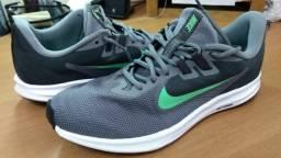 Nike Downshifter 8 Cinza