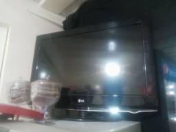 Tv40 83)9. *