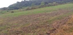 Fazendinha agrícola com 48.000m² entre Guapimirim e Cachoeiras de Macacu