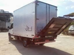 Serviços de Caminhão Plataforma