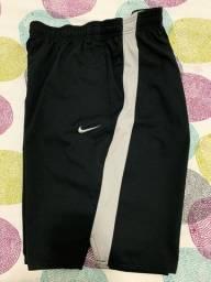 Bermudas Nike originais novíssimas
