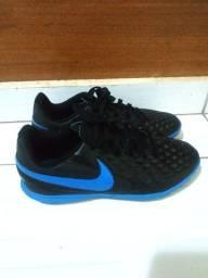 Chuteira Society Juvenil Nike Tiempo - TAM 36