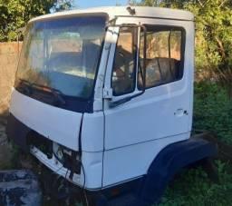 Cabine M. Benz 1214/1718 para venda completa ou em partes