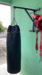 Saco de pancadas com suporte