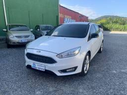 Ford Focus Sedan 2.0 8V