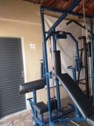 Estação de de exercícios.