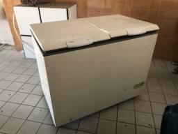 Freezer Consul horizontal 500 litros usada