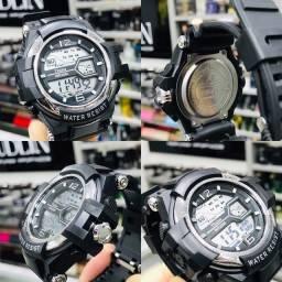 Título do anúncio: Relógio Digital Alarme Cronômetro Luz Prova de Água Todo Funcional