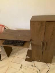 Mesa para computador, com armário