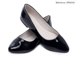 Sapatilha Feminina  bico fino cor preta com solado de borracha