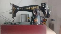 Máquina Antiga Pra Decoração