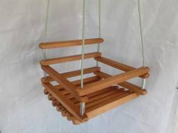 Balanço de madeira 40x35 para criança até 10 anos