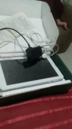 Vendo Tablet (DL)com entrada para dois chip e cartao de memoria com todos acessório caixa