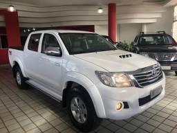 Toyota Hilux 3.0D4-D_4X4_AUT_1DonO_ExtrANovA_LacradAOriginAL_Placa A - 2014