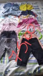 Bazar de menina veste de 10 meses até 2 anos.