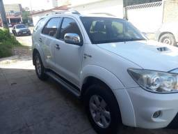 Hilux SW4 - 2011