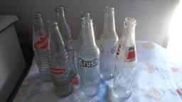 Garrafas de refrigerantes antigas