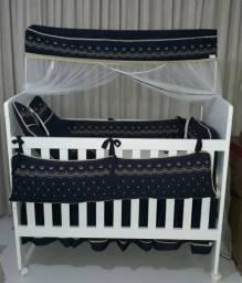 Berço de bebê com colchão e kit berço