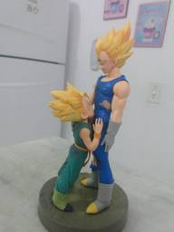 Boneco dragon ball Vegeta e trunks