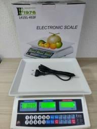 Balança comercial, pesa até 40kg