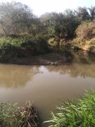 Chácara a 5 Km de Avelinópolis,10 km de Araçu
