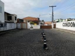 Apto 2/4 no cond Visconde de Maracaju, bairro Santos Dumont