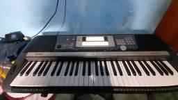 Teclado Yamaha  PCR 640